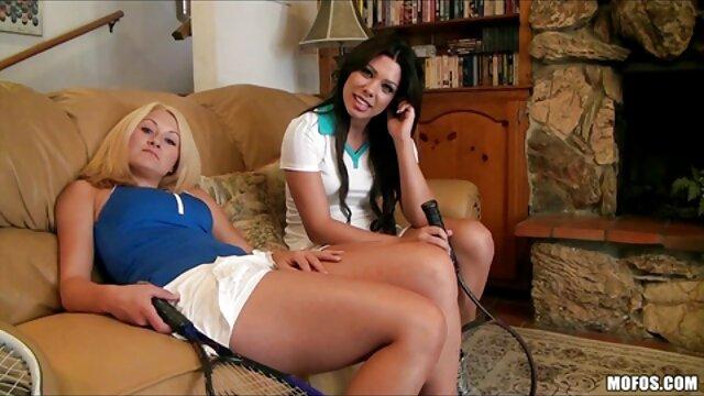 هندبوک گی روی تخت سکس با مادر جوان