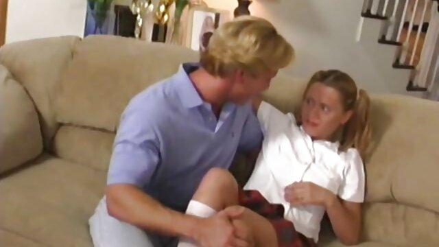 سرآشپز سرطان و منشی را به خوبی در فیلم داستانی سکسی مادر پسر شیشه بهم ریخته است