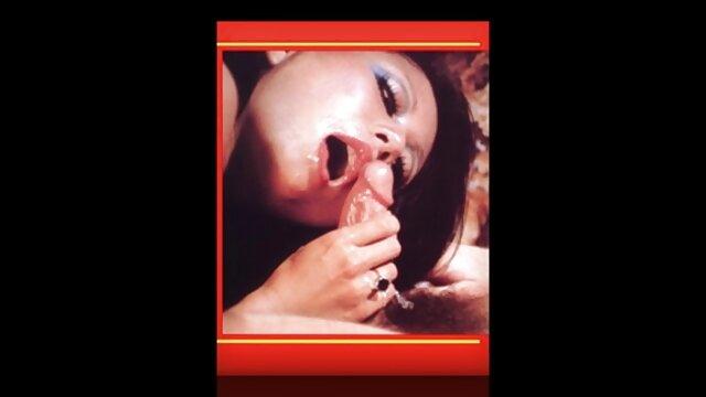 یک نریان در دهان و در گربه گربه گربه دختر باردار مادر شهوتی